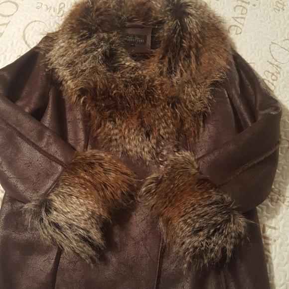 Fabulous Furs Jackets & Blazers - Warmth